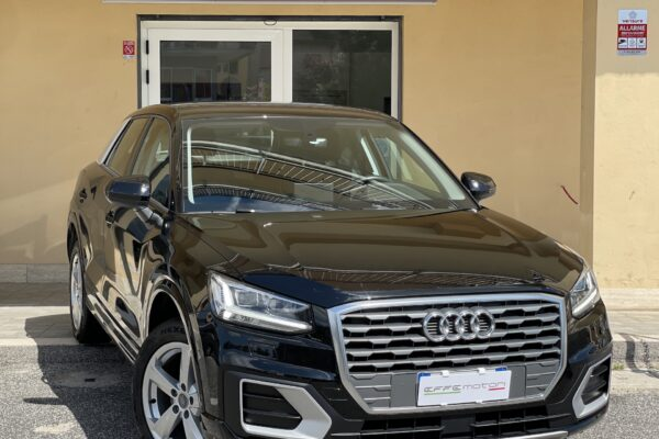 1 Audi Q2